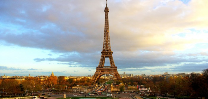 The Eiffel Tower seen from the Trocadéro © French Moments