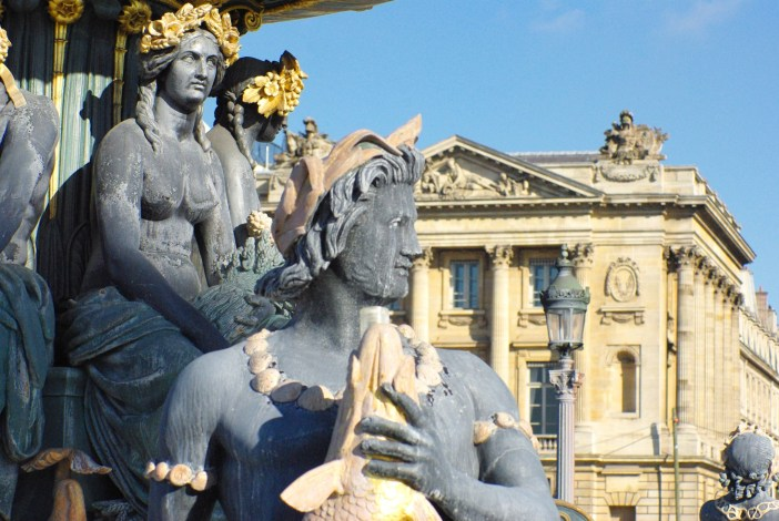 Fountain of the Rivers on Place de la Concorde © French Moments