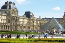 Palais Du Louvre Paris - French Moments