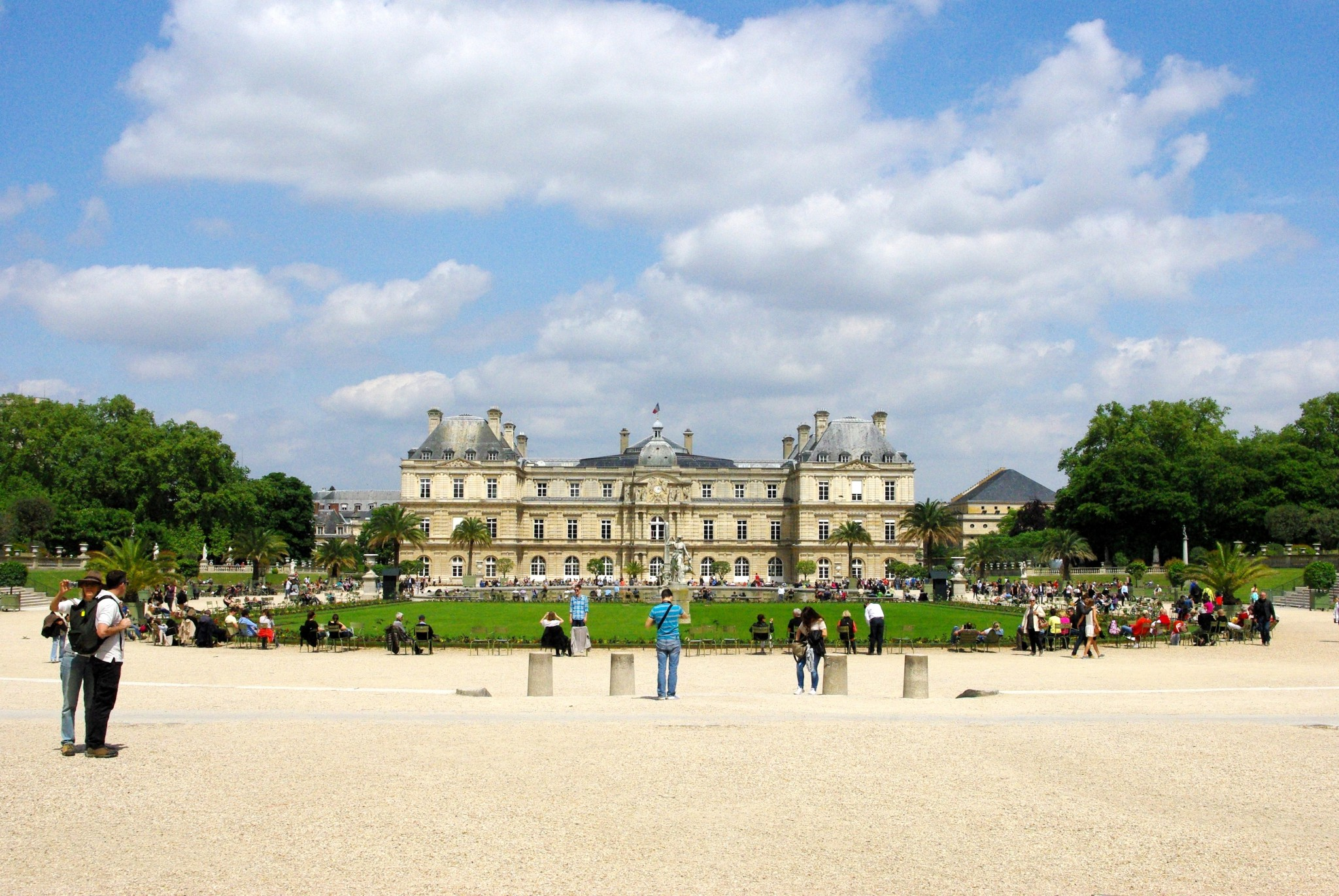 Discover the jardin du luxembourg in paris french moments for Hotels near luxembourg gardens