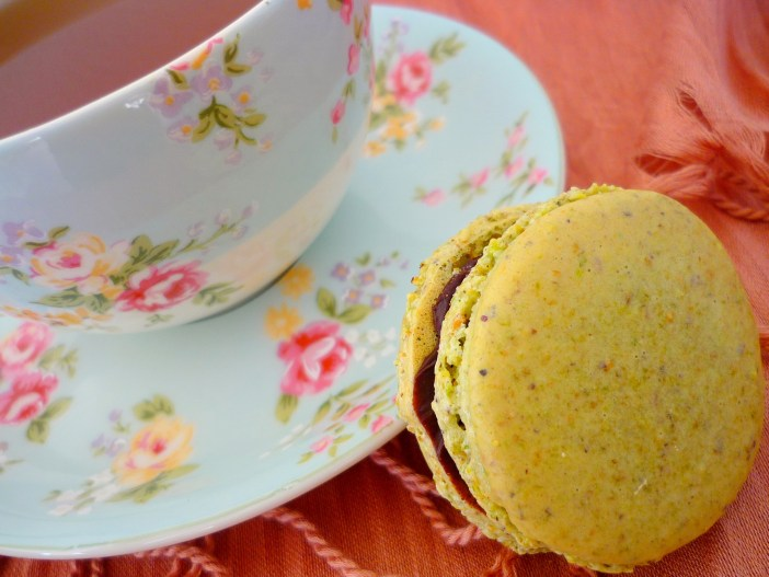 Tea-time with our hand-made macarons © French Moments