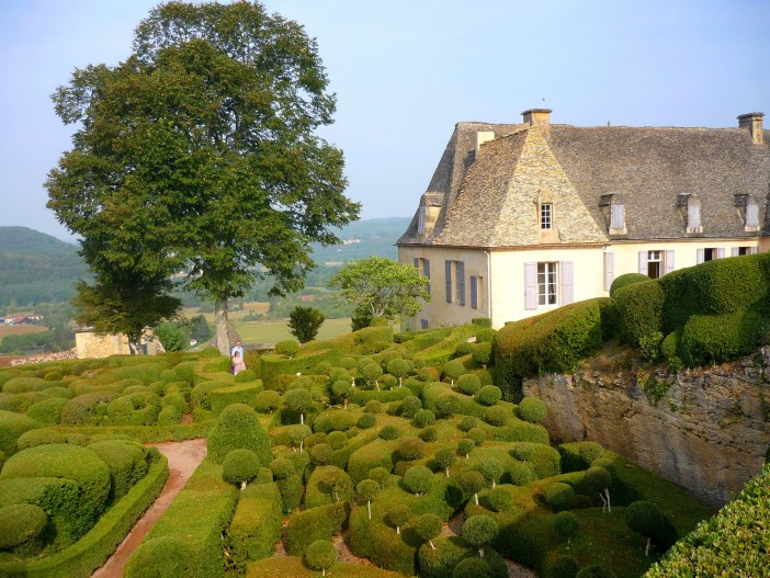 The gardens and castle of Marqueyssac © French Moments
