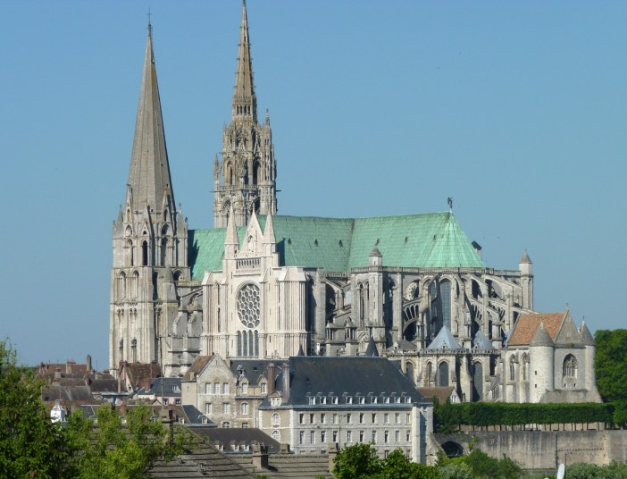 Notre Dame de Chartres © Olvr - licence [CC BY-SA 3.0] from Wikimedia Commons