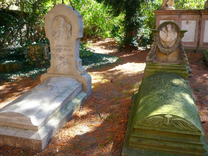 The Priests' Cemetery in Ribeauvillé © French Moments