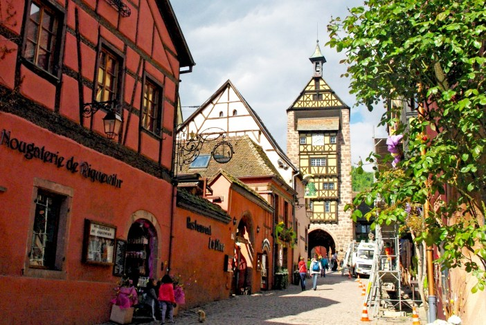 The Dolder gate in Riquewihr © French Moments