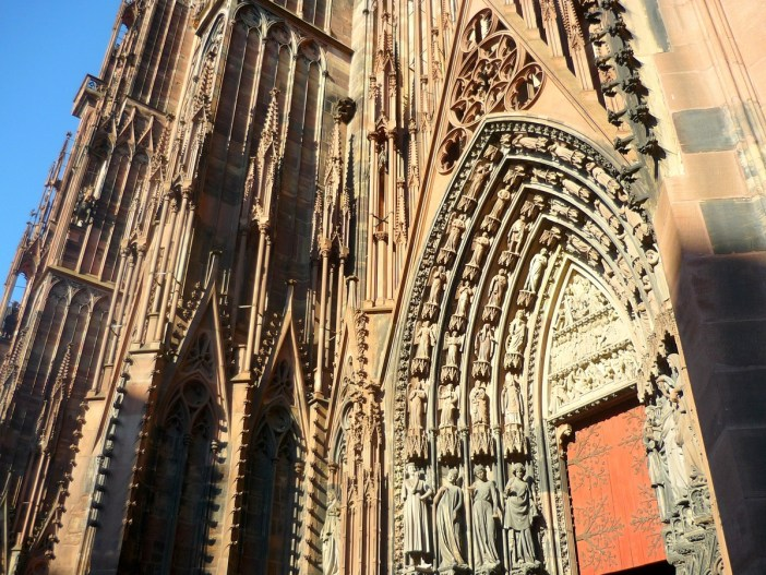 The portal of Strasbourg cathedral © French Moments