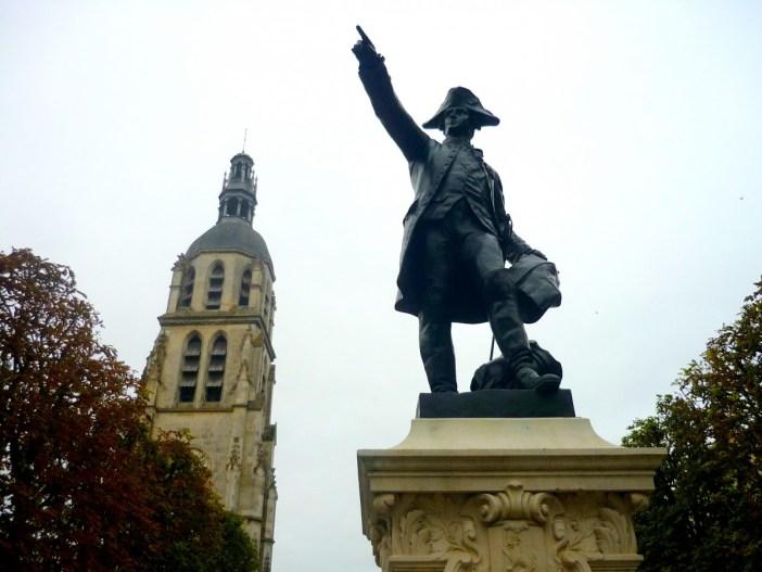 Statue of Rochambeau, Vendôme © French Moments