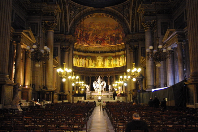 Inside Madeleine Church in Paris © French Moments
