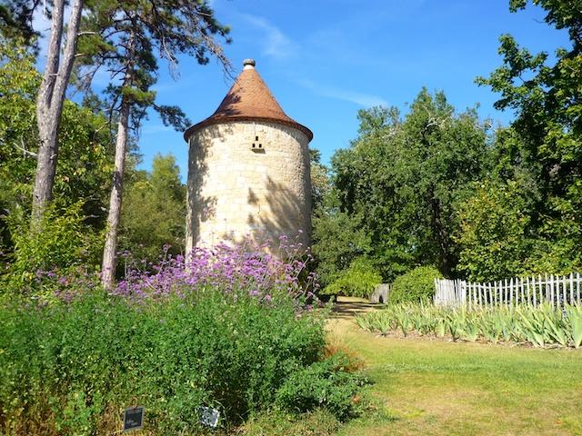 Botanical garden of Limeuil, Périgord © French Moments