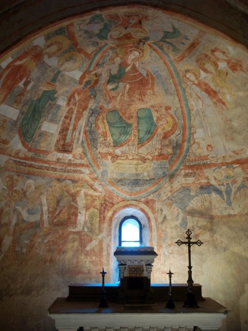 The frescoes of St. Catherine Crypt © Aies.Bcn - licence [CC BY-SA 3.0] from Wikimedia Commons