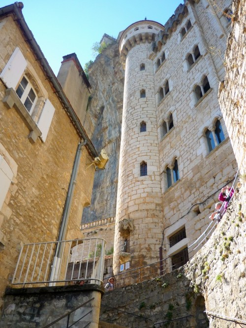 Rocamadour: Looking upwards! © French Moments
