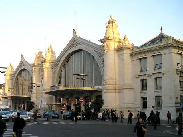 Gare de Tours © Captainm - licence [CC BY-SA 3.0] from Wikimedia Commons