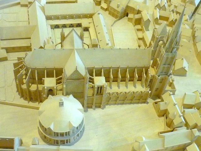 Saint-Denis Basilica © French Moments