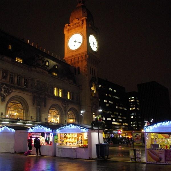 Paris Christmas Markets: at Gare de Lyon © French Moments