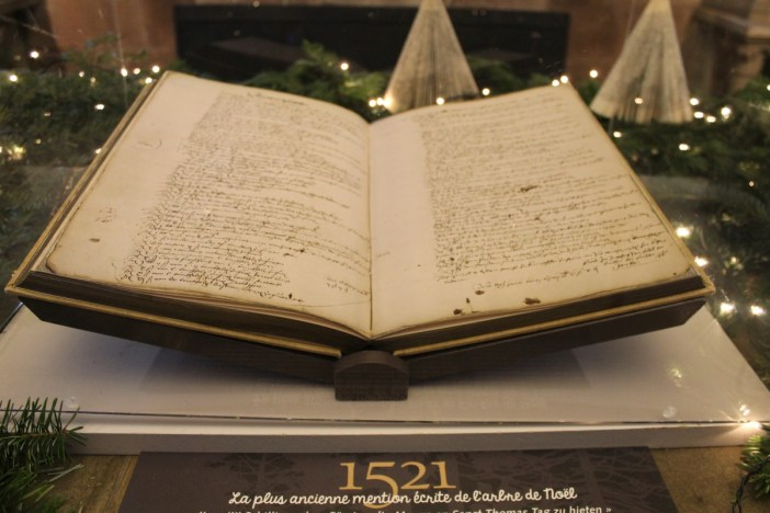 The first mention of a fir tree decorated for Christmas (1521) on display in the crypt of the St. Georges church in Sélestat ©SHKT