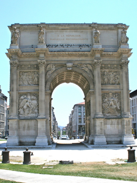 Porte d'Aix Marseille © Robert Valette - licence [CC BY-SA 3.0] from Wikimedia Commons