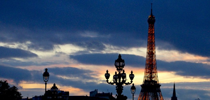 Sunset Pont Alexandre III and Eiffel Tower 13 © French Moments