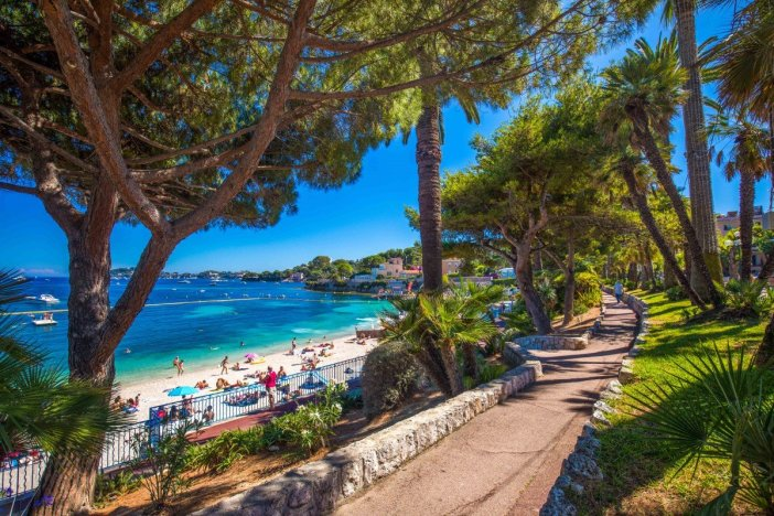 Beaulieu-sur-Mer - Stock Photos from gevision - Shutterstock