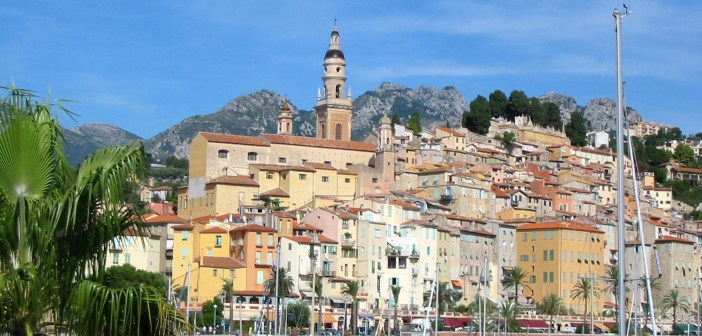 Menton, French Riviera © Vinbaron - licence [CC BY-SA 3.0] from Wikimedia Commons