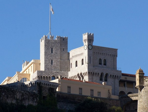 Monaco Prince's Palace © Zbigniew Bosek - licence [CC BY-SA 3.0] from Wikimedia Commons