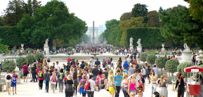Walking in Paris: the Historical Axis © French Moments