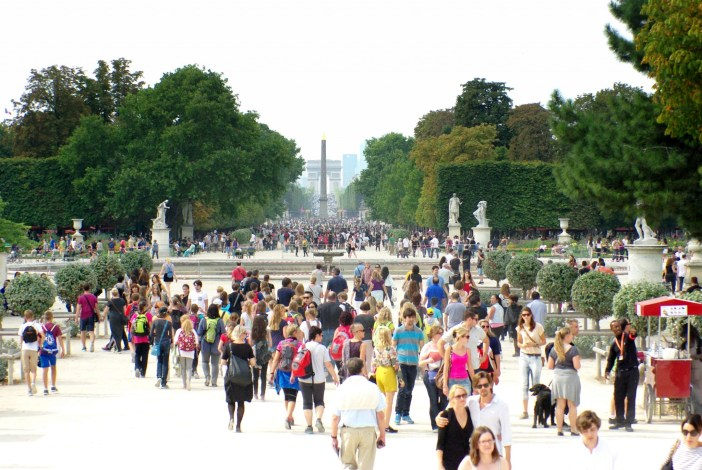 Walking in the Tuileries Garden © French Moments