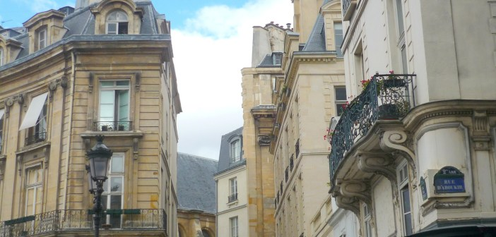 Rue d'Aboukir © French Moments