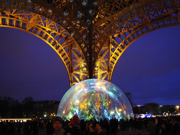 Bulle Tour Eiffel © French Moments
