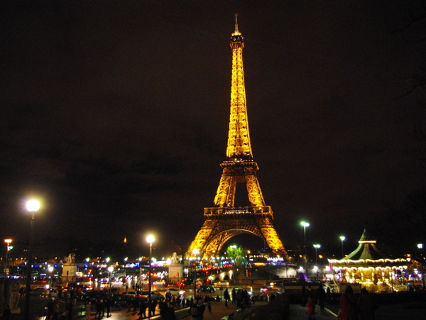 the eiffel tower at christmas time french moments
