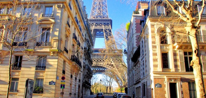 From the Eiffel Tower to the Louvre © French Moments