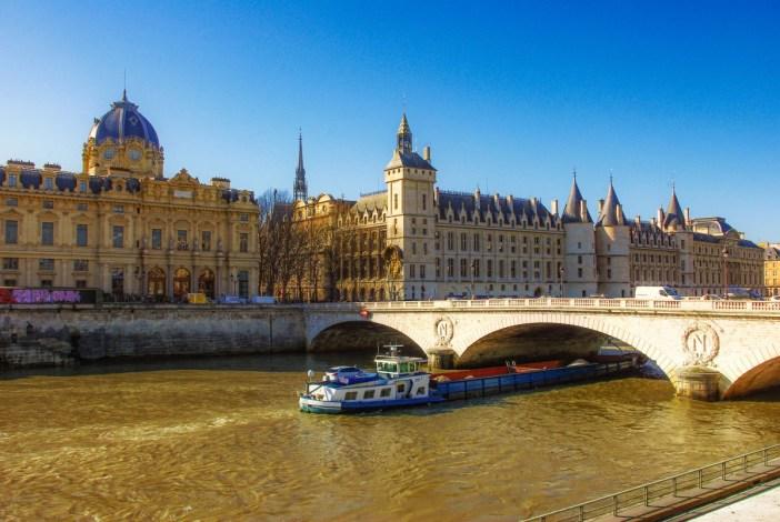 Pont au change, Paris © French Moments