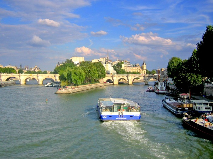 Seine Paris © French Moments