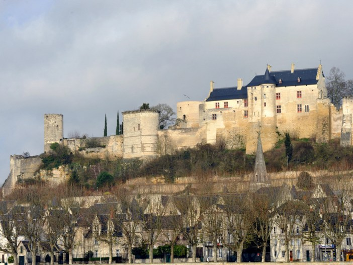 Chinon Castle © Franck Badaire — Fonds documentaire du Conseil Général d'Indre-et-Loire - licence [CC BY-SA 3.0] from Wikimedia Commons