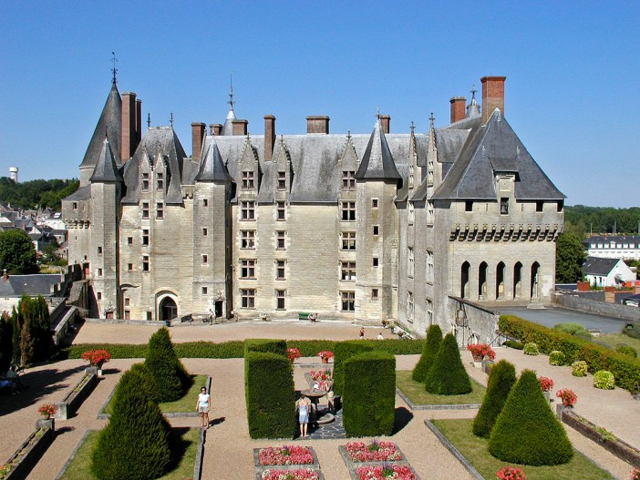 Langeais Castle © sybarite48 - licence [CC BY 2.0] from Wikimedia Commons