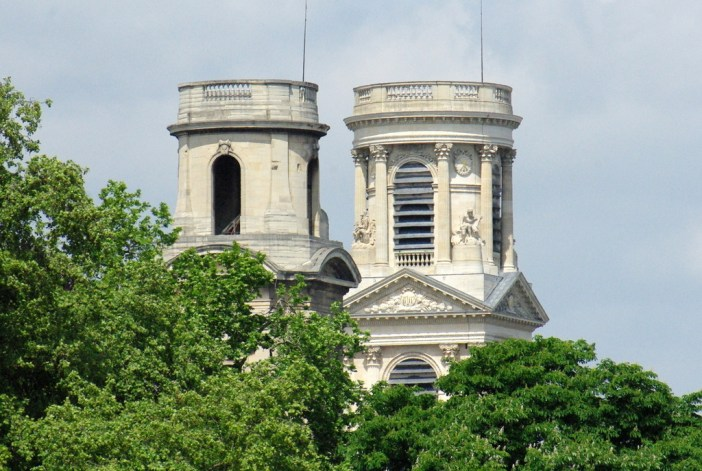 The St Sulpice towers © French Moments