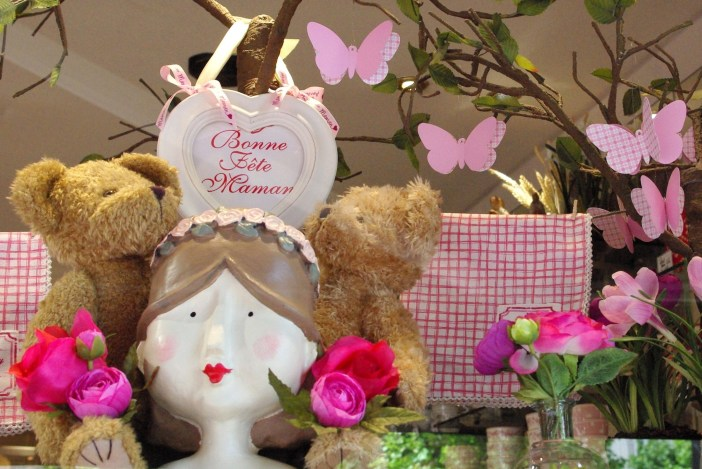 Mothers' Day at Bauget in Maisons-Laffitte © French Moments