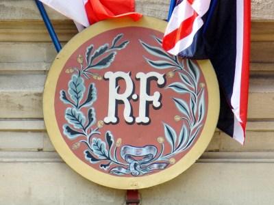 République Française RF © French Moments