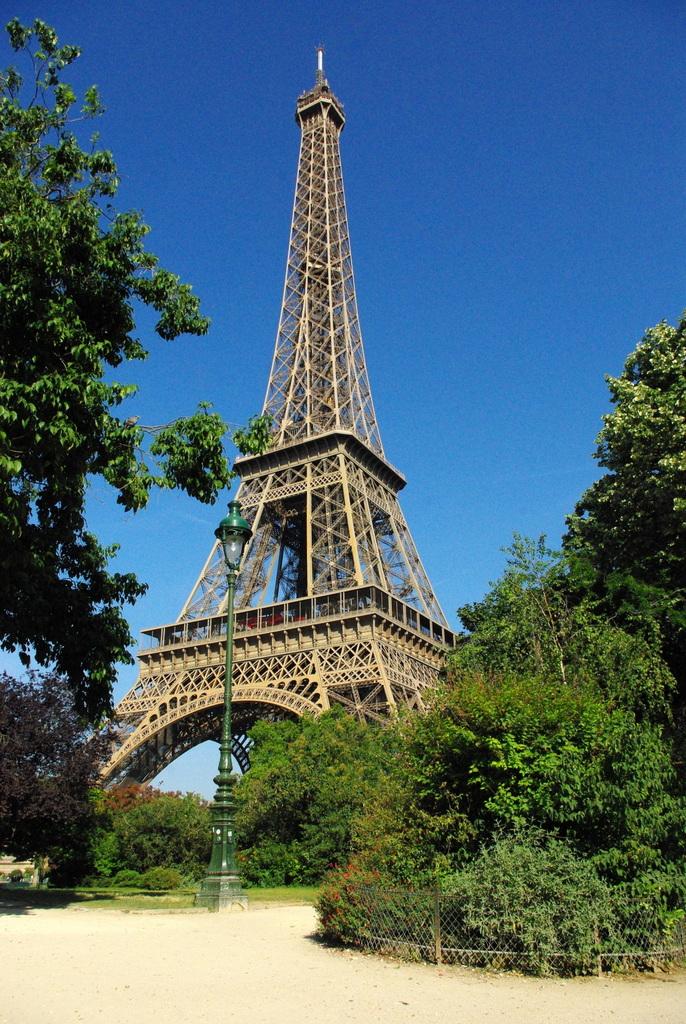 Champ de Mars Paris June 2015 14 © French Moments