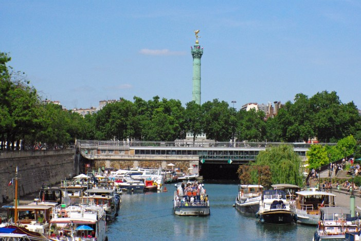 Port de l'Arsenal and July Colomn © French Moments