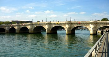 Quais de la Seine © French Moments - Paris 34