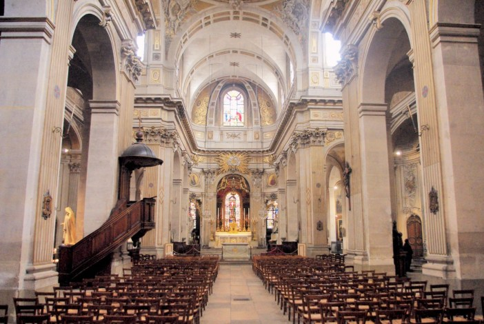 Church of Saint-Louis-en-l'Ile, Paris © French Moments