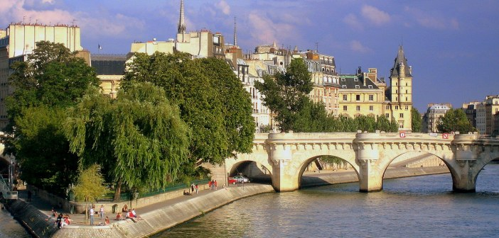 Seine Paris French Moments 26