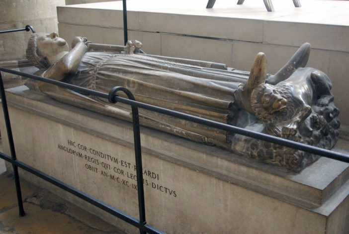 Richard Lionheart Recumbent Statue in Rouen Cathedral © French Moments