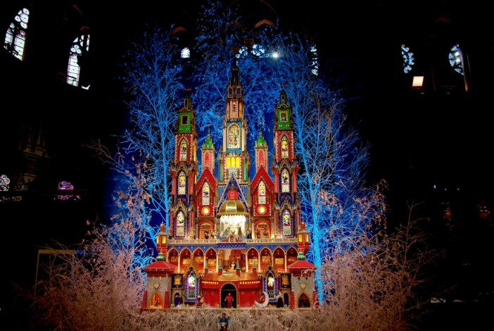 Nativity Scene 2015 Notre-Dame Cathedral copyright French Moments