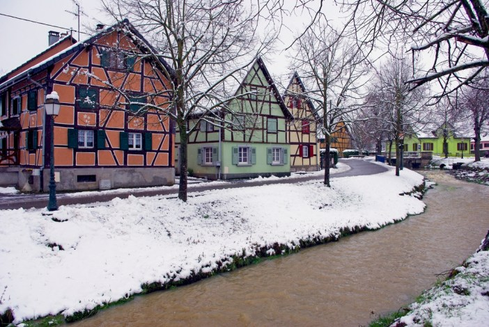 Hirsingue under the snow © French Moments