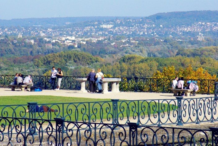 The great terrace of Le Nôtre, Saint-Germain-en-Laye © French Moments