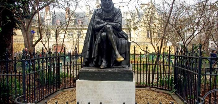 Statue of Montaigne