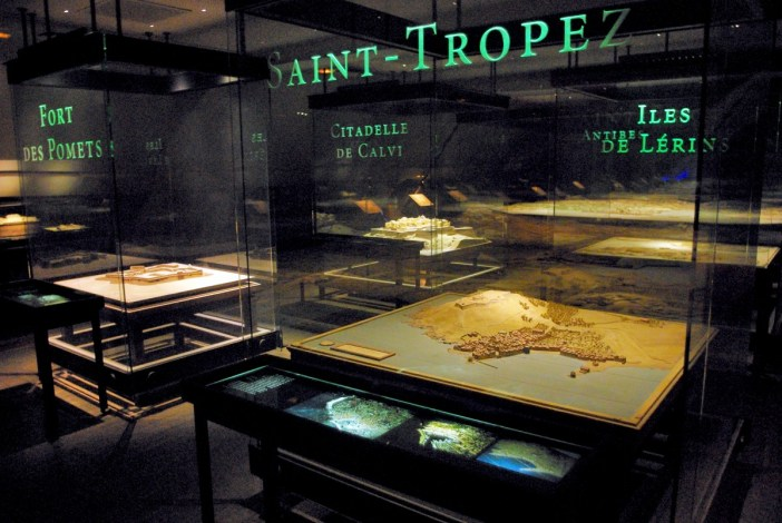 Relief Map Museum Paris