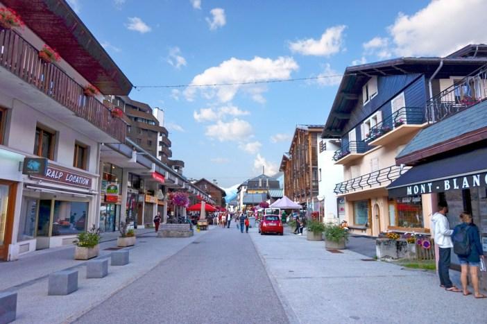 Chamonix-Mont-Blanc © Tiia Monto - licence [CC BY-SA 3.0] from Wikimedia Commons