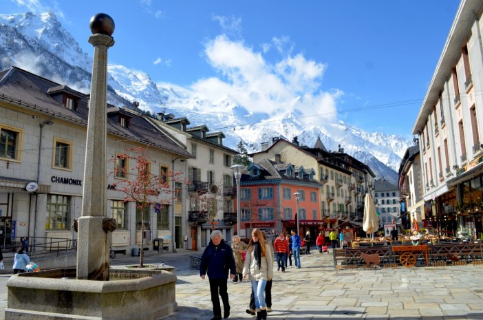 Chamonix-Mont-Blanc © eGuide Travel - licence [CC BY 2.0] from Wikimedia Commons